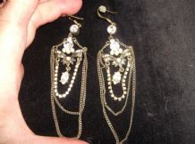 ELEGANT DROP EARRINGS CHANDELIER STYLE CHAINS & SPARKLE STONES & FAUX PEARLS